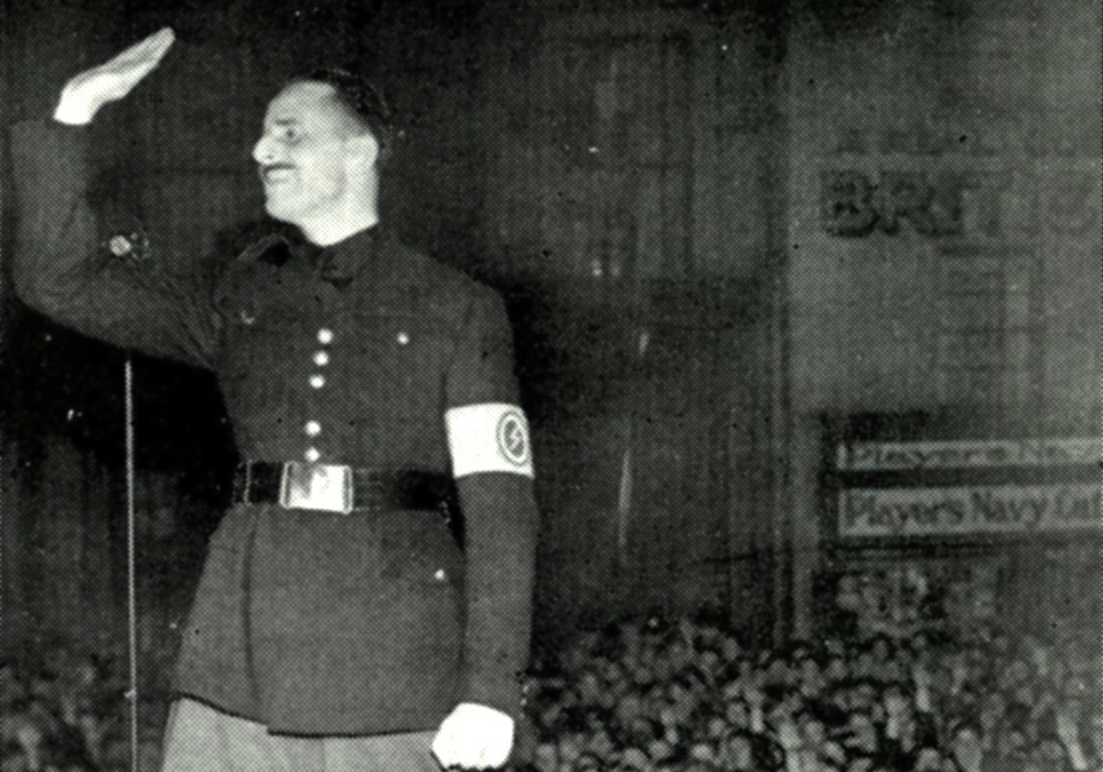 Mosley speaking at a rally in Bethnal Green